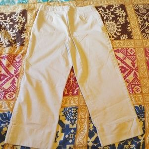 Liz Claiborne Michaela size 4 beige capris pants